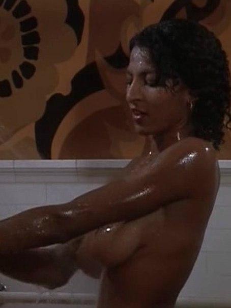 Jackie brown nude review