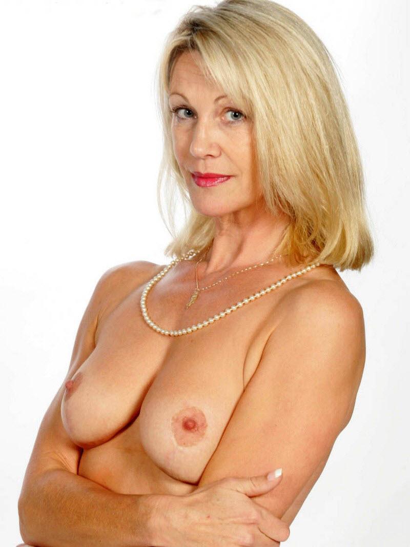 Sexy nude amature ladies — img 12