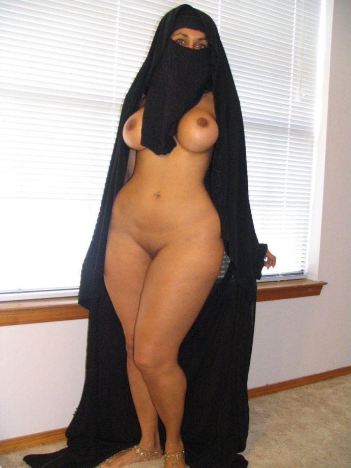 Saudi arabia naked woman