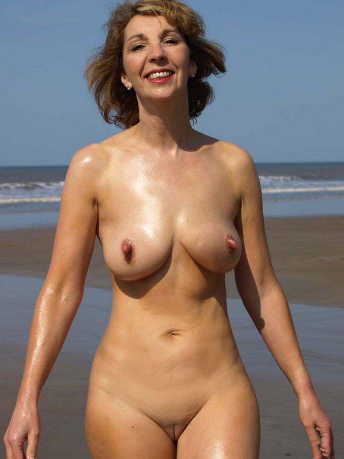Женщины голые